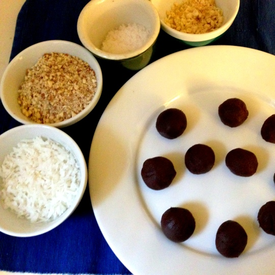 vegan chocolate truffles - Cloud Thyme