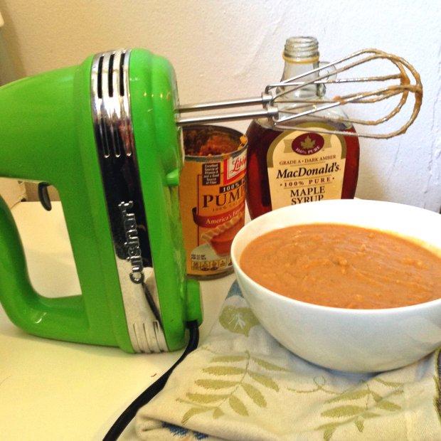 Pumpkin Coconut Pancakes (GF, DF) - www.cloudthyme.com
