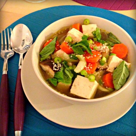 Hearty Miso Noodle Soup - www.cloudthyme.com